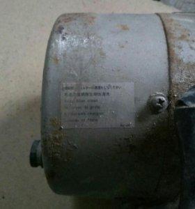 Мотор от швейного оборудования (Limi stop)