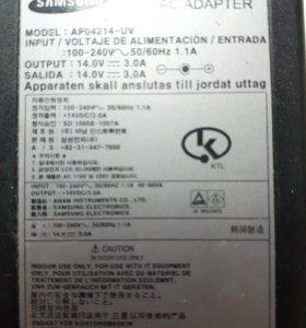 Зарядка-адаптер Samsung (ноутбук)