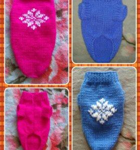 Вязаные свитерочки для маленьких собачек.