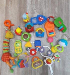 Погремушки-игрушки