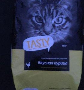 Корм для кошек Tasty со вкусом курицы.10 кг