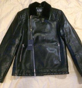Кожаная куртка Armani Jeans