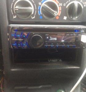 Магнитафон pioneer DEH-4200 SD