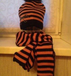 Демисезонная шапка и шарф