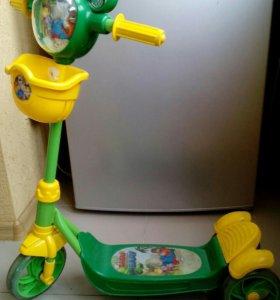 Самокат детский 3х колесный