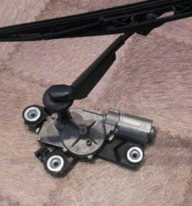 Мотор заднего стеклоочистителя Форд фокус 2