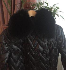 Продаю женское демисезонное пальто