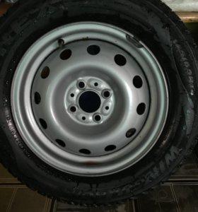Зимние шины Nexen 14 с дисками!!