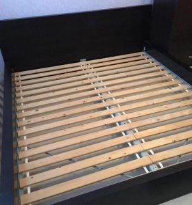 Двуспальная кровать икея