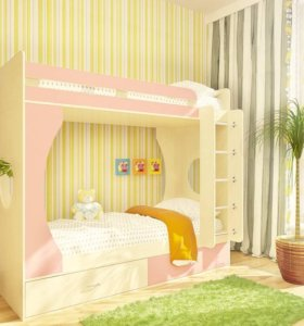 Кровать детская двух уровневая.