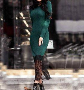 Платье. Миди. Темно-зеленое