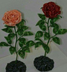 Роза из бисера.Сувенир ручной работы.Подарок