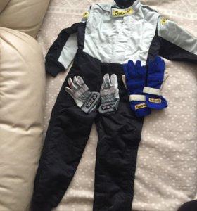 детский гоночный комбинезон (Италия) с перчатками