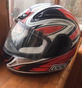 шлем гоночный , размер маленький