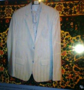 мужской костюм р.44
