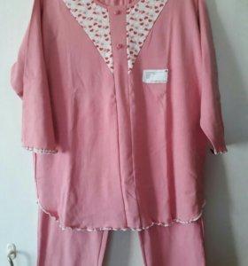Продам женскую пижаму или домашний костюм