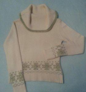 Женская одежда (шерстяной свитер)