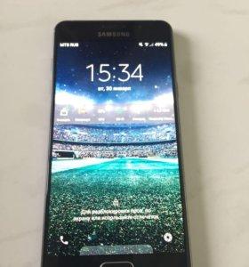 Samsung's A5 (2016)