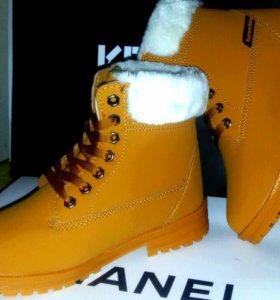 Продам ботинки зима р-р 36/ 37/38/39 .
