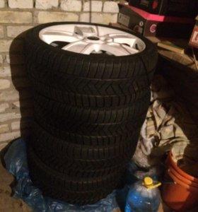 Комлект зимних колес.