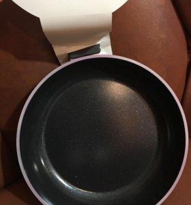 Новая сковородка