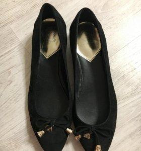 Туфли,балетки новые