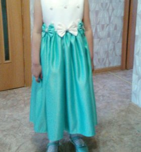 Платье на девочку 5-7