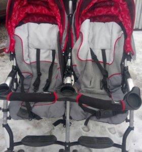 Детская коляска для двойняшек