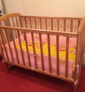 Детская кровать и ортопедический матрас
