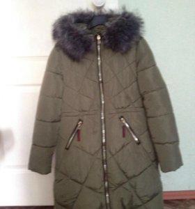 Зимняя куртка почти новая одевалась пару раз