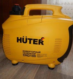 Инверторный бензиновый генератор HUTER DN2100