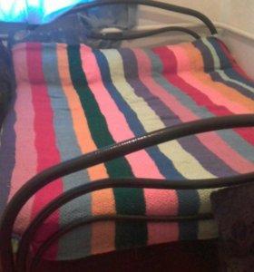 Одеяло ручной работы , вязаное спицами .