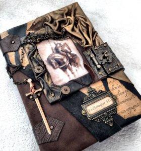 Книга рыцаря . Ручная работа