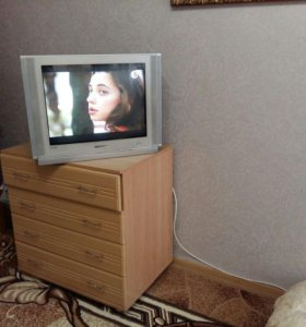 Продам комод и телевизор