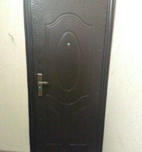 Двери металлические  , входные  б/у, 3 шт.
