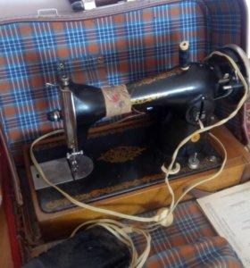 Швейная машина Подольск 2М-35