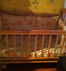Продам детскую кроватку-маятник