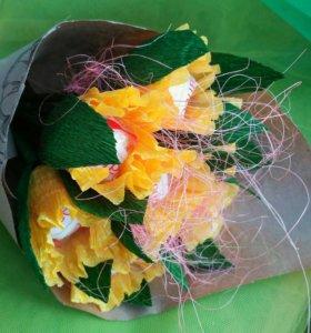Букет из конфет. Желтые тюльпаны с Raffaello