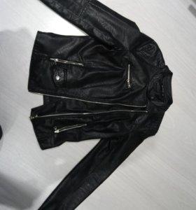 Куртка зам кожа Stradivarius