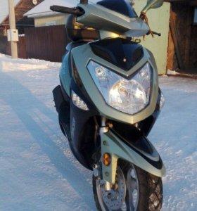 Продаю скутер Racer 50 кубов