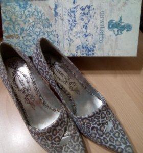 Туфли новые, классика, ткань, 38 размер