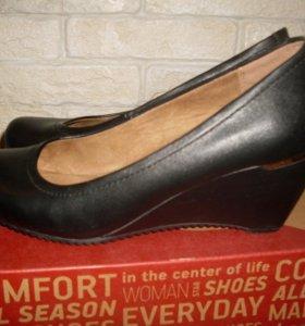 Туфли чёрные р 36