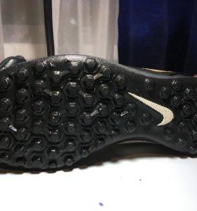Nike Tempo сороконожки
