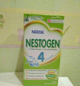 Смесь Nestogen 4