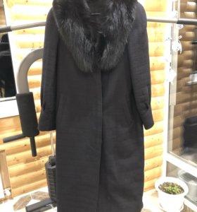 Пальто с песцом 48-50
