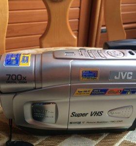 Видеокамера JVC 700