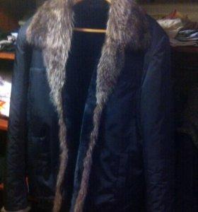 Куртка очень теплая воротник волка