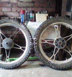 Оба колеса