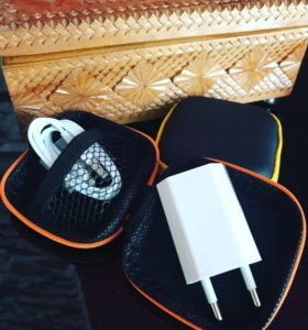 Вилка и кабель для iPhone