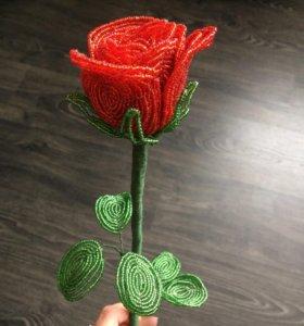 Роза из бисера 🌹
